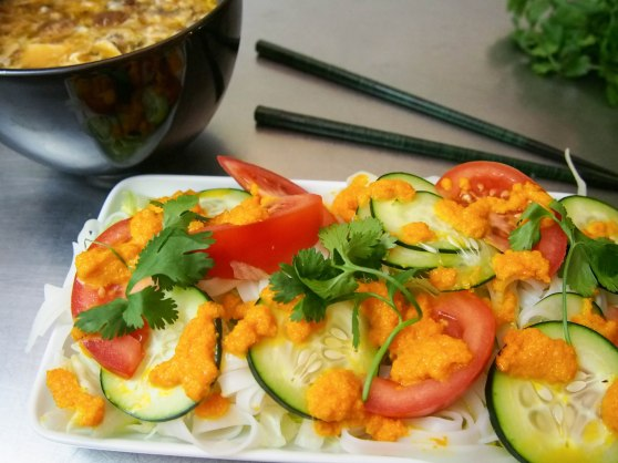 rice noodle salad w carrot dressing-10